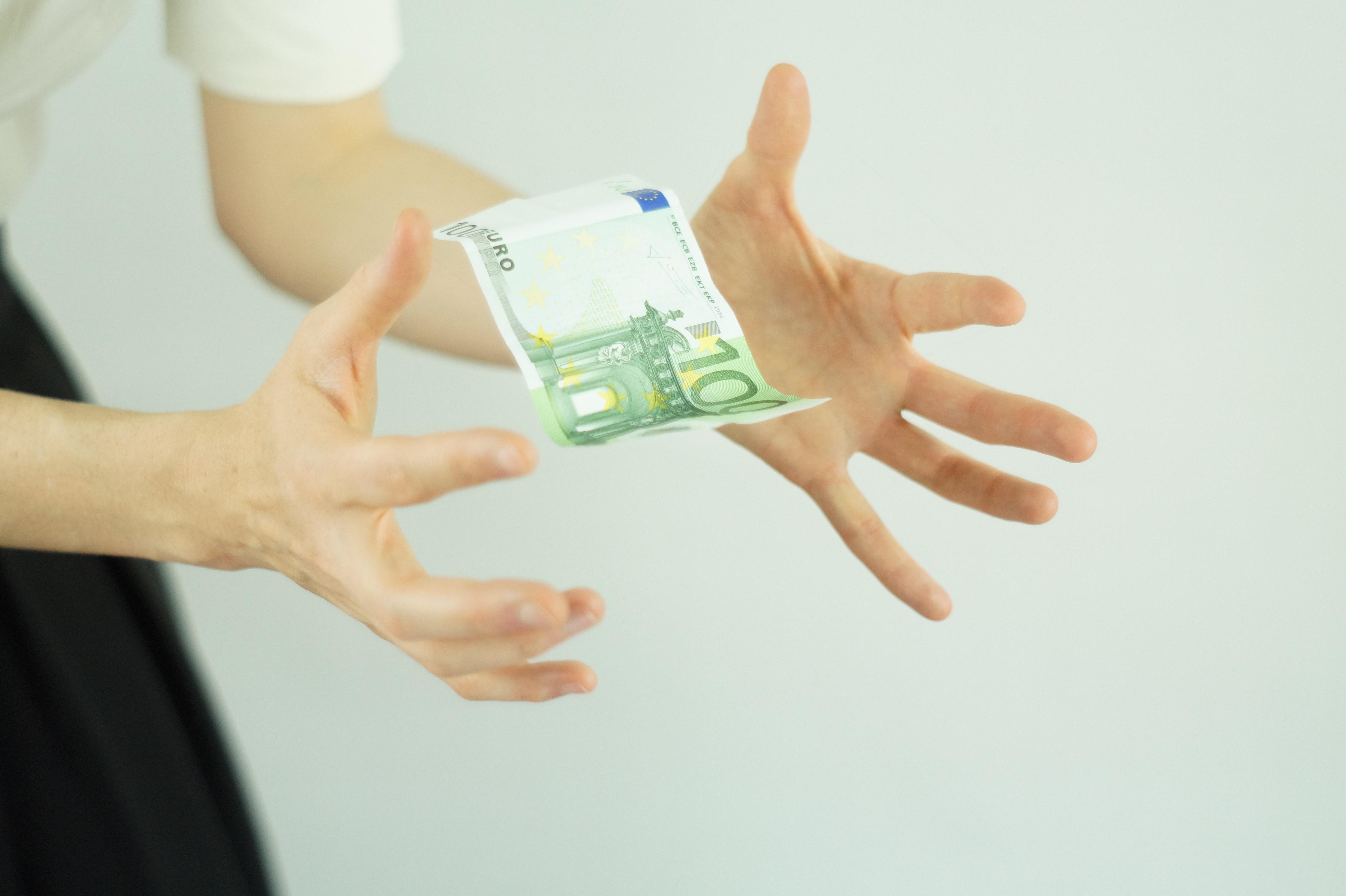 Préstamo por 100 EUR